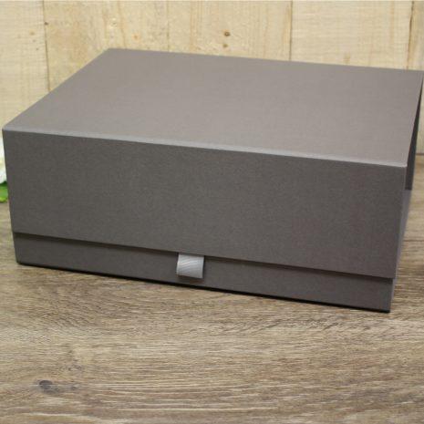 grey-box-2