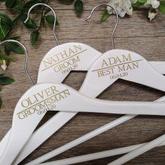groom-hangers